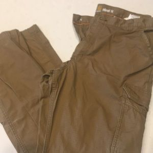 Carhart men's 3834 relaxed fit small tear see pic.